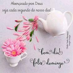 Feliz domingo, carregado de luz e amor Good Afternoon, Sweetest Day, Tea Cups, Place Card Holders, Instagram, Decor Inspiration, Gifs, Quotes, Happy Sunday Images