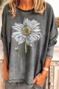 Daisy Print Paneled Crew Neck Long Sleeves Casual T-shirt - Diorer Casual T Shirts, Casual Tops, Stylish Tops, Shirt Bluse, Tee Shirt, Sweatshirt, Sunflower Print, Types Of Sleeves, Long Sleeve Shirts
