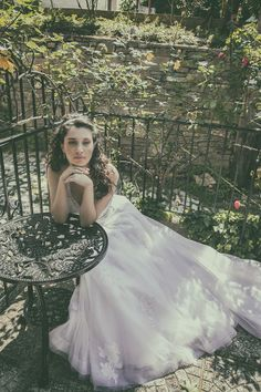 portrait Wedding Photography, Photoshoot, Portrait, Wedding Dresses, Fashion, Bride Dresses, Moda, Bridal Gowns, Photo Shoot