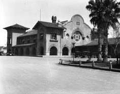 Southern Pacific Railroad Station, San Antonio, Texas :: General Photograph Collection 1931