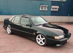 Andy from Nordictuning finished project Saab 9000 Twinturbo in garage, and it was time for the first test drives. This Saab 9000 looks very powerful, and has. Saab 9000 Aero, First Drive, Car Makes, Twin Turbo, Car Car, Motor Car, Volvo, Classic Cars, Automobile