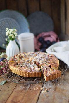 Pflaumen Mandelkuchen - Plum Almond Cake | Das Knusperstübchen