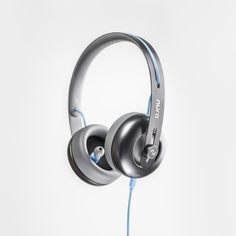 hong kong based studio office for product design have created a pair headphones with built-in microphones that measure the actual audio response from ears at different frequencies.