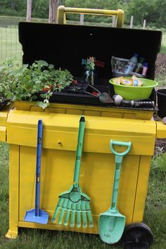 Repurpose an old grill into a potting table!