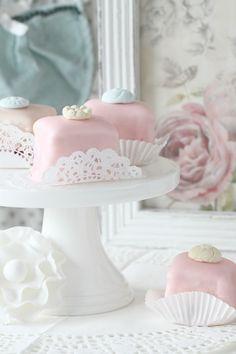 Recipe & Tutorial;  Pastel Petit Fours ~ White Cake & White Chocolate Fondant