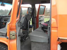 Tri Star Spec interior with point belts Vw Bus, Vw Camper, Volkswagen, Campers, Vw Doka, Vw T3 Syncro, Cars And Motorcycles, Dream Cars, Car Seats