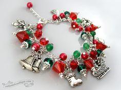 Christmas bracelet, holiday jewelry, Santa bracelet, christmas jewelry, holiday bracelet, charm bracelet, holiday gift, Santa jewelry charms by OohlalaBeadtique on Etsy https://www.etsy.com/ca/listing/211348589/christmas-bracelet-holiday-jewelry-santa