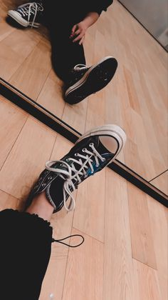 Aesthetic Themes, Kpop Aesthetic, Shoes Wallpaper, Nct Group, Jaehyun Nct, Aesthetic Iphone Wallpaper, Boyfriend Material, New Shoes, Nct Dream