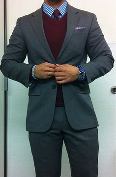 Love this whole look, but would love to see a gray bow tie instead of the matching vest and tie.