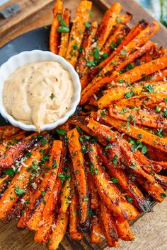 A recipe for Parmesan Roasted Carrot Fries : Sweet roasted carrot fries covered with crispy parmesan cheese! A recipe for Parmesan Roasted Carrot Fries : Sweet roasted carrot fries covered with crispy parmesan cheese! Veggie Dishes, Vegetable Appetizers, Veggie Recipes Sides, Carrot Dishes, Vegetable Snacks, Veggie Food, Roasted Vegetable Recipes, Healthy Side Dishes, Vegetable Bake