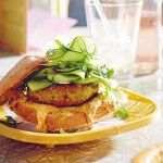 Delicious Vegetarian Burger With Satay Sauce Your Recipe, Salmon Burgers, Avocado Toast, Healthy Eating, Cooking Recipes, Vegetarian, Dishes, Breakfast, Ethnic Recipes