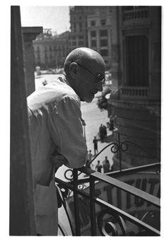 J. Benavente : Premio Nobel vive en Valencia en guerra : hijo adoptivo (entre 1936 y 1939) - Finezas Valencia, Civilization, Spanish, War, Nobel Prize, Door Prizes, Spanish Language, Spain