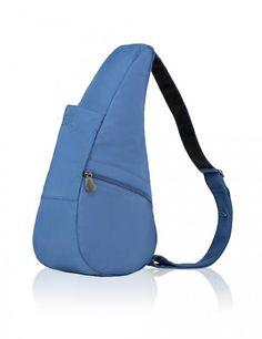 """The Healthy Back bag Microfibre Small French Blue  De """"Topper"""" onder de rugtassen en niet in de laatste plaats vanwege de scherpe prijs. Oersterk sportief en modieus is deze rugtas/crossover met veel binnen- en buitenvakken. De tas is ergonomisch: ontworpen om de rug te ontlasten en de druk op de nek en schouders te minimaliseren. De unieke vorm verdeelt het gewicht over de gehele rug. Alle tassen hebben een verstelbare schouderriem met anti-slip. Tevens als schoudertas te dragen. Met de…"""