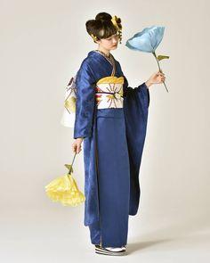 Traditional Kimono, Traditional Fashion, Traditional Outfits, Japanese Outfits, Japanese Fashion, Asian Fashion, Kimono Japan, Japanese Kimono, Kimono Fashion