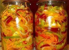 Этот консервированный салат с капустой, огурцами, помидорами и болгарским перцем отлично идет под водочку. Классный закусон! Ингредиенты:  1 кг капусты 1 кг моркови 1 кг лука 1 кг болг. перца 1 кг по…