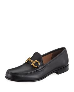 Boots for sure undoubtedly are a trend traditional that includes little of smart-casual pattern to really what ever clothing. Grey Loafers, Loafers Outfit, Penny Loafers, Loafers Men, Men's Shoes, Dress Shoes, Shoes Men, Salvatore Ferragamo Shoes, Men's Leather