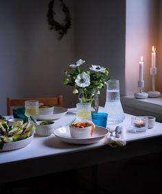 Miltä näyttää rentoilijan joulukattaus? Entäpä kiinnostaako kurkistus ruokablogaajan kuvien taa? Tervetuloa tämän jutun pariin.