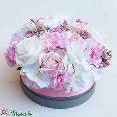 Nagy rózsaszín rózsás virágdoboz (Decoflor) - Meska.hu Cake, Desserts, Food, Tailgate Desserts, Deserts, Kuchen, Essen, Postres, Meals