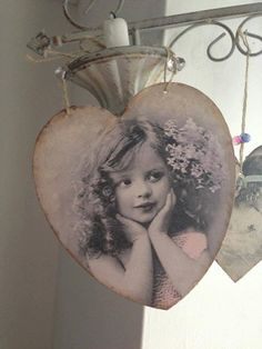 Large+wooden+heart+decoupage+vintage+bow+by+DemoiselleVintage,+£6.49