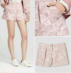 133d12696f572 NWT 12 Victoria Beckham Target Womans Pink Shorts Blush Floral Jacquard  Size 12