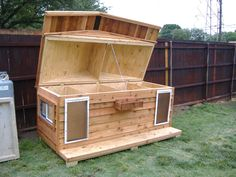 dog house for two  | Custom Large Heated Insulated Dog House with Porch & Pet Doors ,Open ...