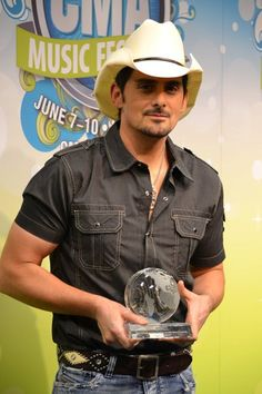Brad Paisley sporting his cowboy hat at the 2012 #CMAfest backstage.