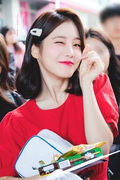 Korean Actresses, Korean Actors, Actors & Actresses, Prettiest Actresses, Beautiful Actresses, Teen Images, Suzy, Korean Short Hair, Female Character Inspiration