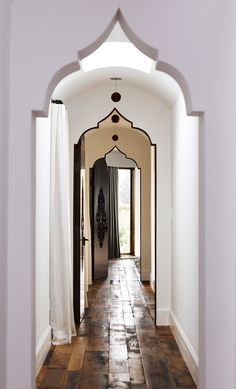 An Eccentric Remodel for a Brentwood Home-- Moroccan style hallway. Morrocan Decor, Modern Moroccan Decor, Balinese Decor, Moroccan Lanterns, Moroccan Interiors, Moroccan Bedroom, Moroccan Design, Moroccan Style, Spanish Style Homes