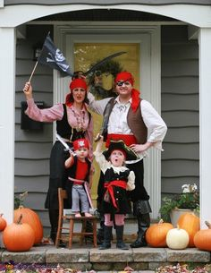 We ARRRR pirates! I, the mother, found my top, the dad's top and bottoms, the boy's top and bottoms and daughters top at the Goodwill! I made my husbands vest from a curtain panel I found at the Goodwill. Toddler Pirate Costumes, Diy Pirate Costume For Kids, Pirate Halloween Costumes, Halloween Costume Contest, Halloween Kostüm, Pirate Birthday, 4th Birthday, Homemade Costumes, Family Costumes