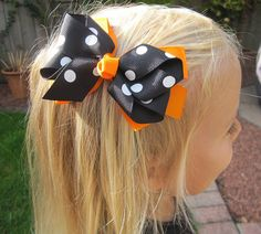 Halloween Hair Bow by Candy Bows, the perfect gift for Explore more unique gifts in our curated marketplace. Diy Bow, Diy Hair Bows, Ribbon Hair, Ribbon Bows, Halloween Hair Bows, Fall Halloween, Fancy Bows, Diy Hair Accessories, Cheer Bows