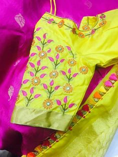 Best Blouse Designs, Saree Blouse Neck Designs, Simple Blouse Designs, Bridal Blouse Designs, Blouse Patterns, Embroidery Patterns, Hand Embroidery, Traditional Blouse Designs, Indian Designer Wear