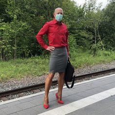 Feminine Dress, Feminine Style, Men In Heels, New Mens Fashion, Androgynous, Male Beauty, Crossdressers, Business Casual, Men Dress