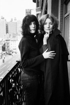 patti smith & the actress and warhol superstar viva, at the balcony of the chelsea hotel, 1971. photo by david gahr.