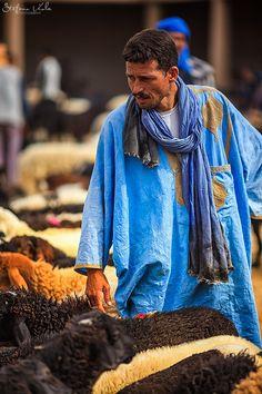 Rissani Market, Morocco #People of #Morocco - Maroc Désert Expérience tours http://www.marocdesertexperience.com