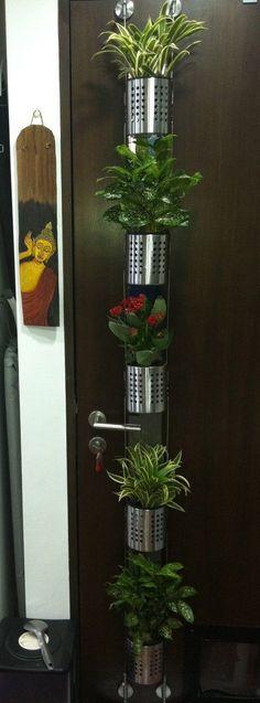 Vertical garden for small plants or herbs - IKEA Hackers #gardeninghacker
