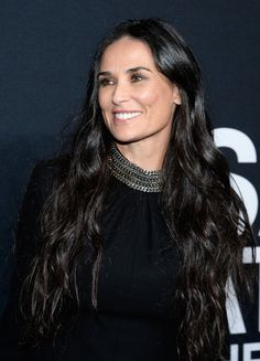 Demi Moore Long Wavy Cut - Demi Moore wore her ultra-long tresses down when she attended the Saint Laurent show.