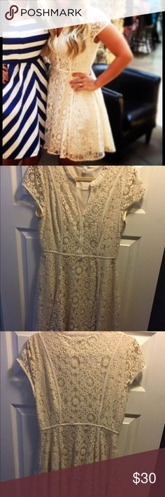 Creme LC Women's Cocktail dress, A line. Size 6 Cute and slimming Lauren Conrad Creme colored dress. Great for bridal shower/rehearsal dinner etc. LC Lauren Conrad Dresses Midi