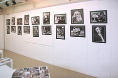 Photographic Exhibitions  Pick up a copy of Reponses Photo at a newsstand and turn to the Actuexpos (L'Actualite des Expositions) section for a list of museum and gallery photo exhibitions throughout France, organized by region.