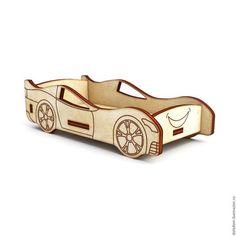 Купить или заказать КНМ-0000032 кровать-машинка в интернет-магазине на Ярмарке Мастеров. Кукольная кроватка-машинка для кукольного домика. Выполнена из фанеры толщиной 3 мм . Мебель поставляется в разобранном виде, требуется сборка и желательна склейка.