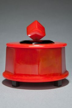 Rare Large Catalin Powder Box Art Deco Octagon Shape in Red with Black