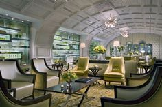 """04. The Cafe at Hotel Mulia in Jakarta, Indonesia scored a """"Did someone say Wow"""" rating from Design Bureau. 4 out of 5!"""