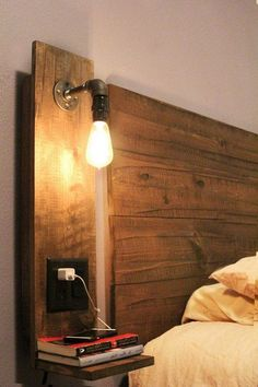 Trendy bedroom ideas for small rooms inspiration night stands Ideas Pallet Night Stands, Bedroom Night Stands, Kids Bedroom Furniture, Boys Bedroom Decor, Bedroom Ideas, Furniture Ideas, Rustic Nightstand, Floating Nightstand, Bedside Tables