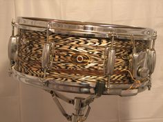Slingerland Black Agate Artist Snare Vintage Drums, How To Play Drums, Snare Drum, Cool Gear, Drum Kits, Black Agate, Drummers, Percussion, Musical Instruments