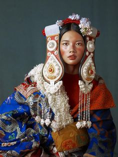 Elaborate Fashion Photography By Kiki Xue People Of The World, In This World, Costume Ethnique, Character Inspiration, Character Design, Portrait Photography, Fashion Photography, Landscape Photography, Wedding Photography