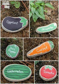 DIY planteskilte – mal frugter og grøntsager på sten (Tina Dalbøges kreative…