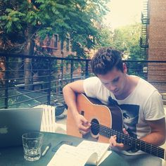 Writing new songs outdoor in News Songs, Famous People, Nyc, Writing, Outdoor, Instagram, Outdoors, Outdoor Games, New York