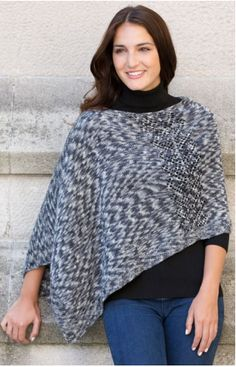 Voyager Knit Poncho | This fabulous knitted poncho will take you through fall in style.