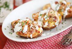 Maradékmentő sonkás töltött krumpli   NOSALTY Potato Recipes, Vegetable Recipes, Baked Potato, Bacon, Pork, Food And Drink, Vegetables, Cooking, Breakfast