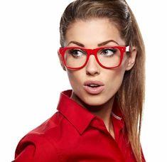 monture de lunette de vue femme en rouge vif et attractif