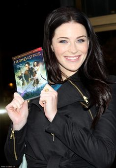 Bridget Regan <--- The Mother Confessor with Season 1 of Legend of the Seeker! This picture makes me happy!